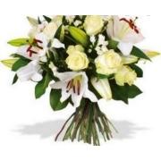 Lirios e Rosas Brancas*