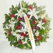 Coroa de Lírios e Flores do Campo
